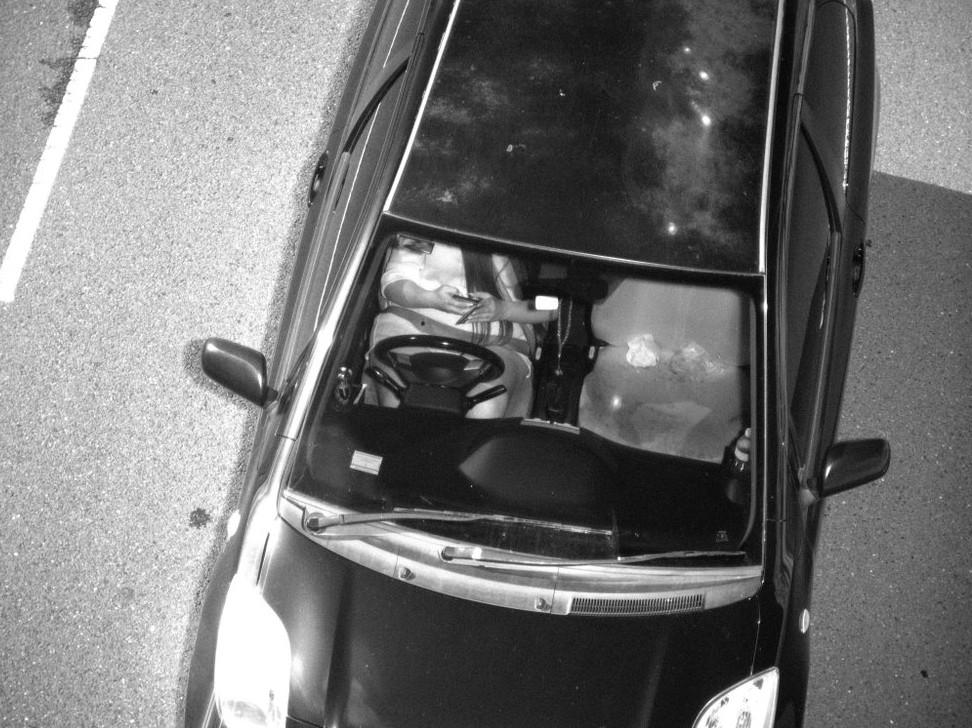 В Австралии власти с помощью ИИ начали фиксировать факт использования телефона водителем за рулем - 2