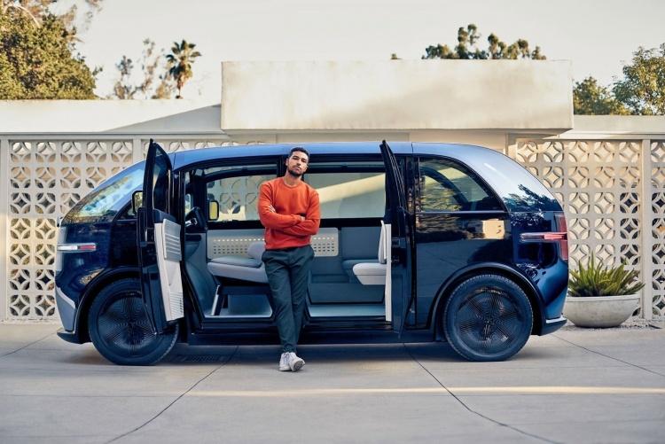 Canoo продемонстрировала футуристический концепт электромобиля, который будет предлагаться только по подписке