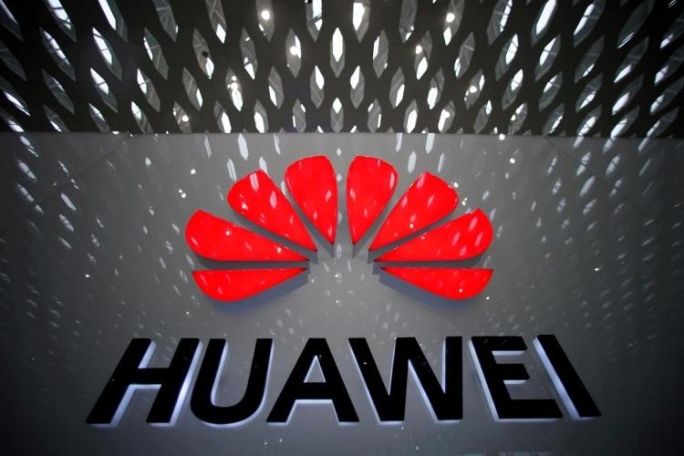 В США хотят выделить миллиард долларов на замену оборудования Huawei и ZTE