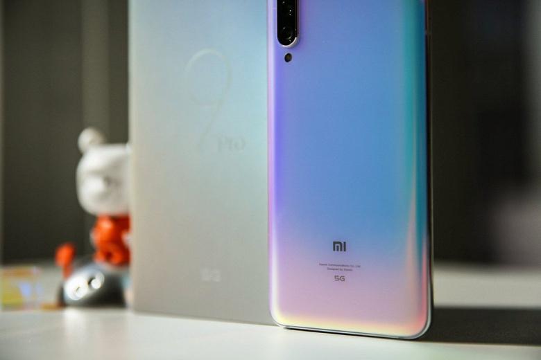 Самый дешевый 5G-смартфон Xiaomi Mi 9 Pro 5G позирует на качественных фото