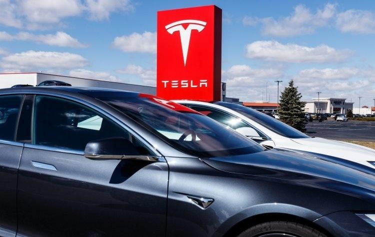 Tesla проиграла суд о нарушении трудового законодательства