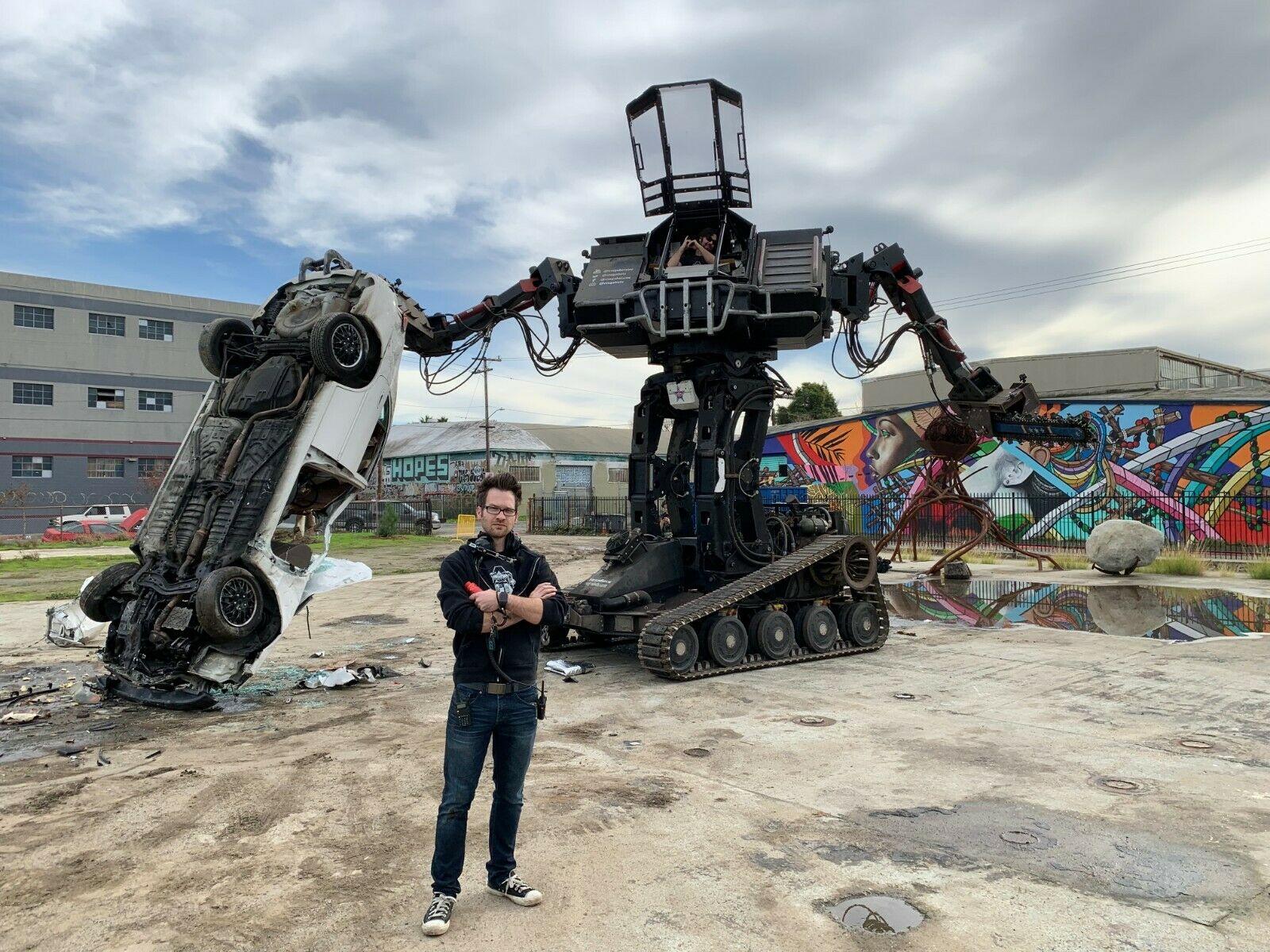 Компания MegaBots объявила о банкротстве и продает на eBay своего 15-тонного рабочего боевого робота Eagle Prime - 1