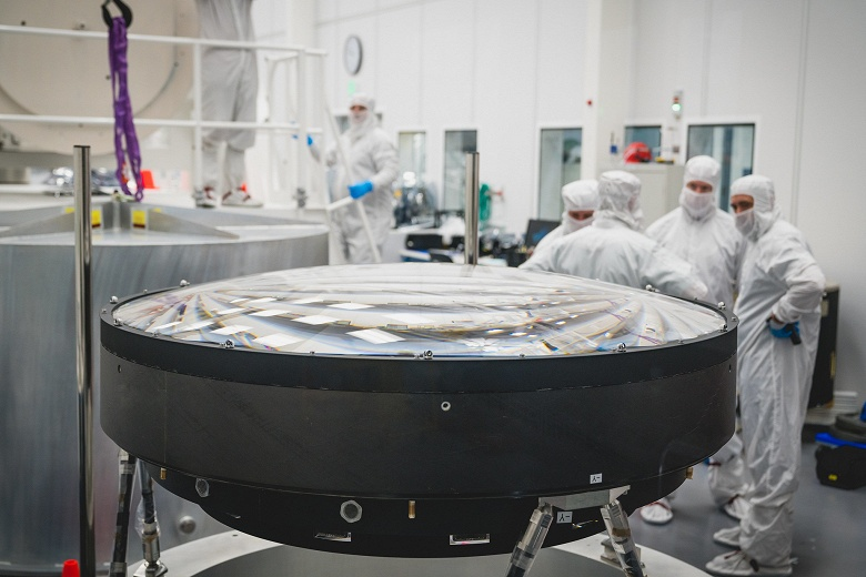 Для камеры телескопа разрешением 3,2 Гп изготовили линзу диаметром 1,57 м