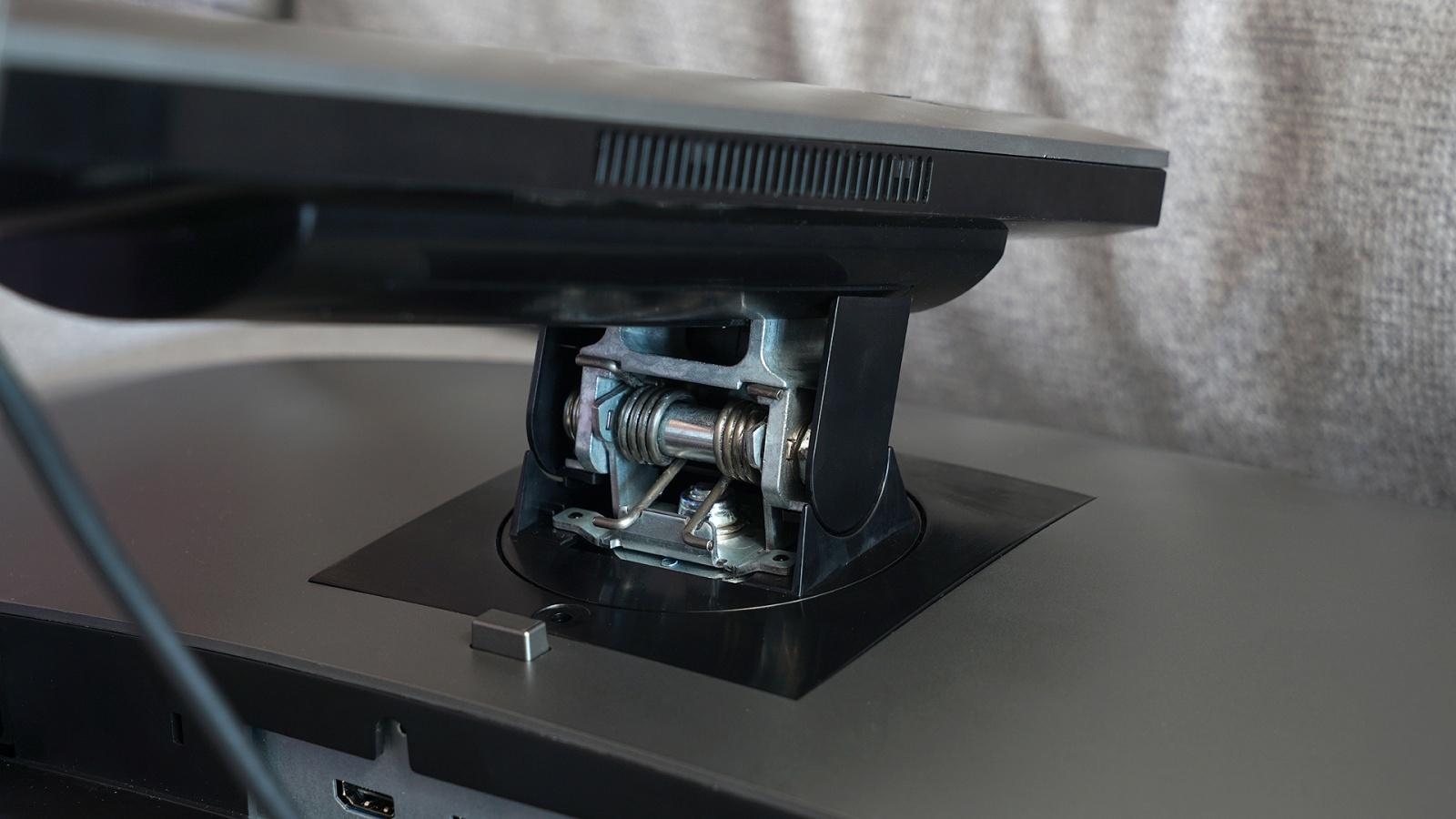 Dell OptiPlex 7070 Ultra: модульный компьютер, который превращает в моноблок любой монитор - 11