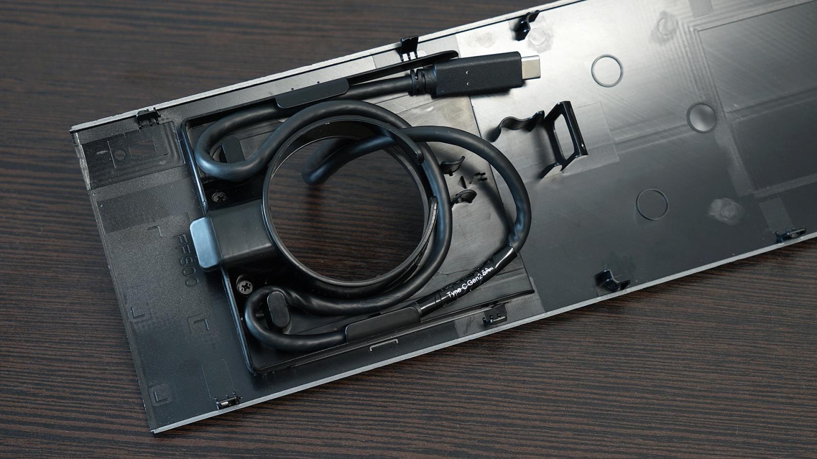 Dell OptiPlex 7070 Ultra: модульный компьютер, который превращает в моноблок любой монитор - 7