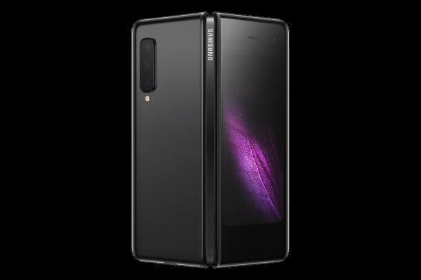 Будущее наступило. Гибкий смартфон Samsung Galaxy Fold в России
