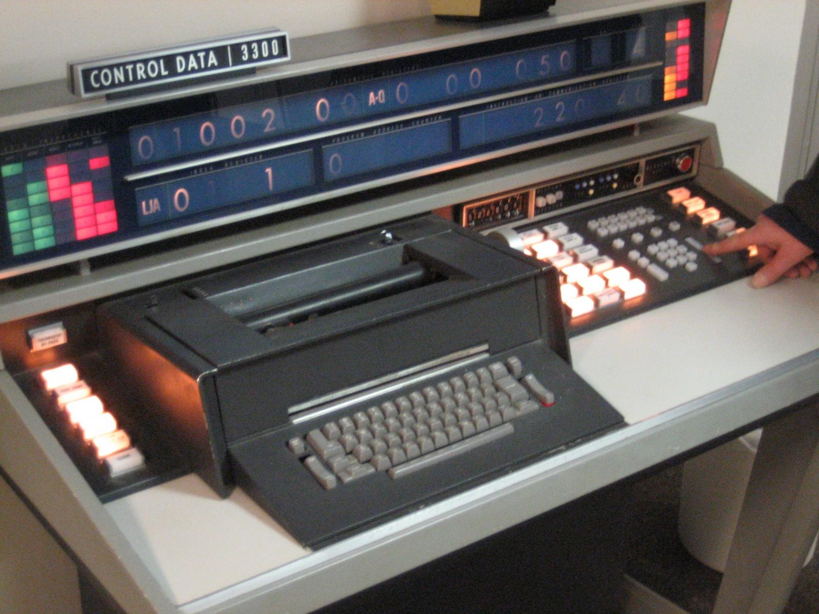 Когда клавиатуры были столами - 8