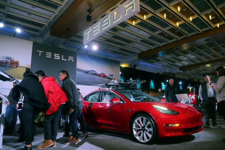 «Почти» не считается. За 3000 электромобилей Tesla заплатила 6% капитализации