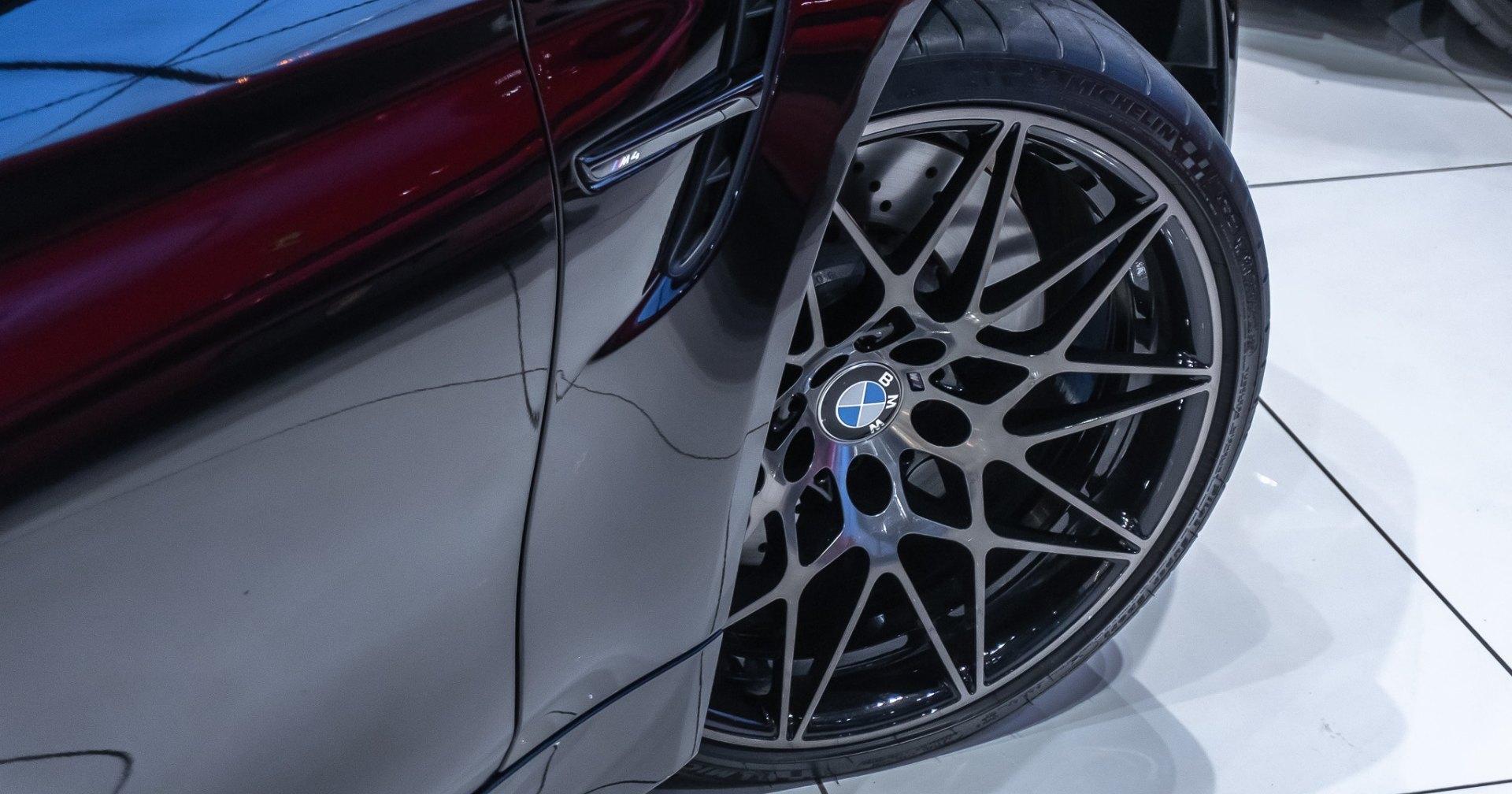 Почему нужно вовремя переобувать шины: видео