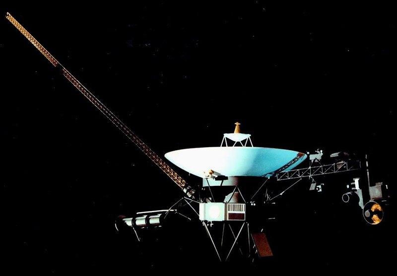 """""""Вояджеры"""" измерили скорость звука и давление в открытом космосе"""