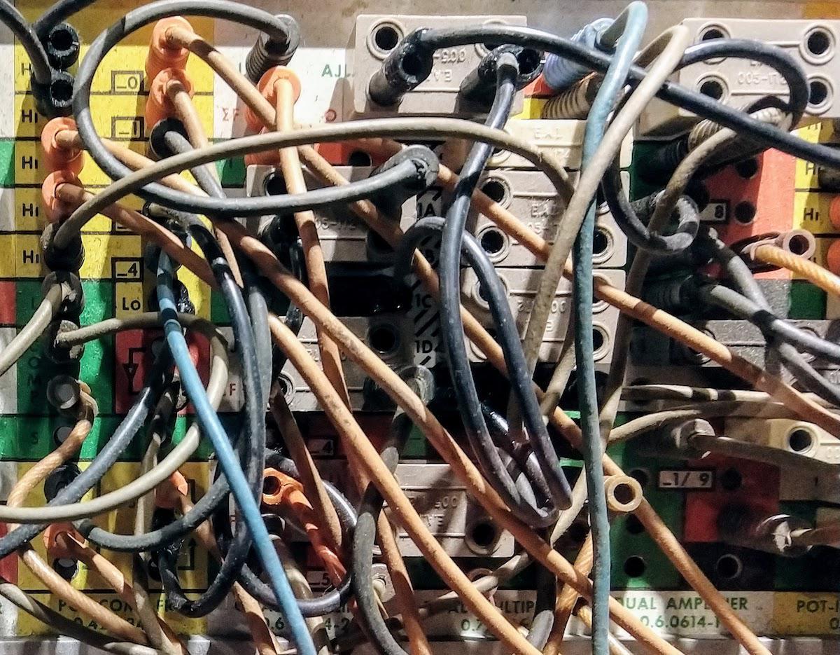 Реверс-инжиниринг малошумящих операционных усилителей из аналогового компьютера 1969 года - 2