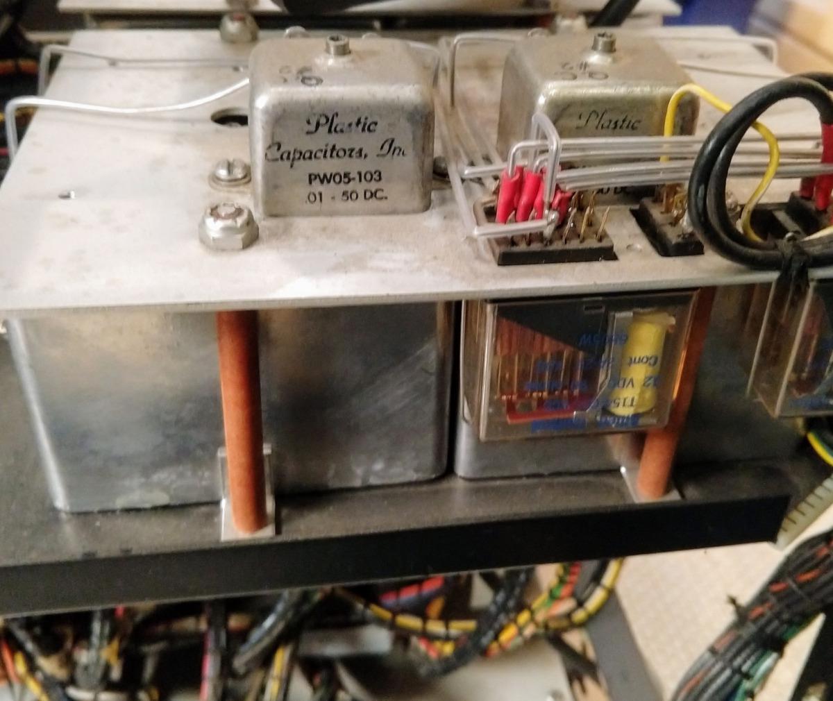 Реверс-инжиниринг малошумящих операционных усилителей из аналогового компьютера 1969 года - 3