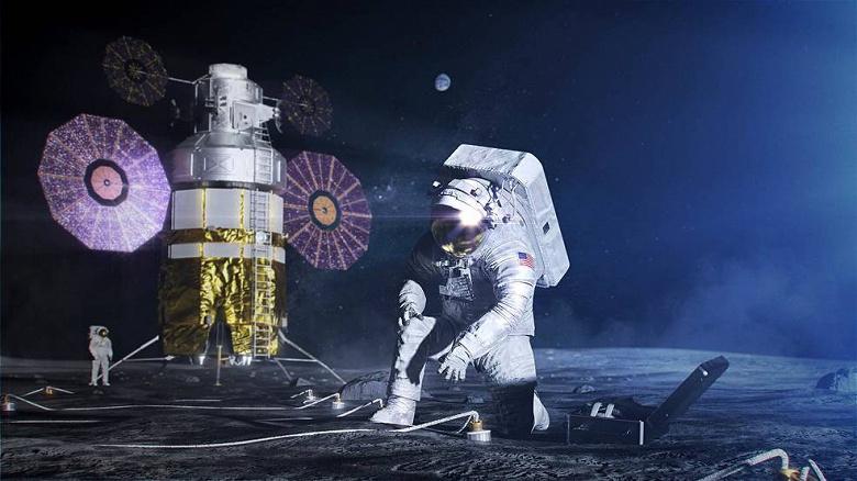 Агентство NASA показало скафандры для полетов на Луну и Марс