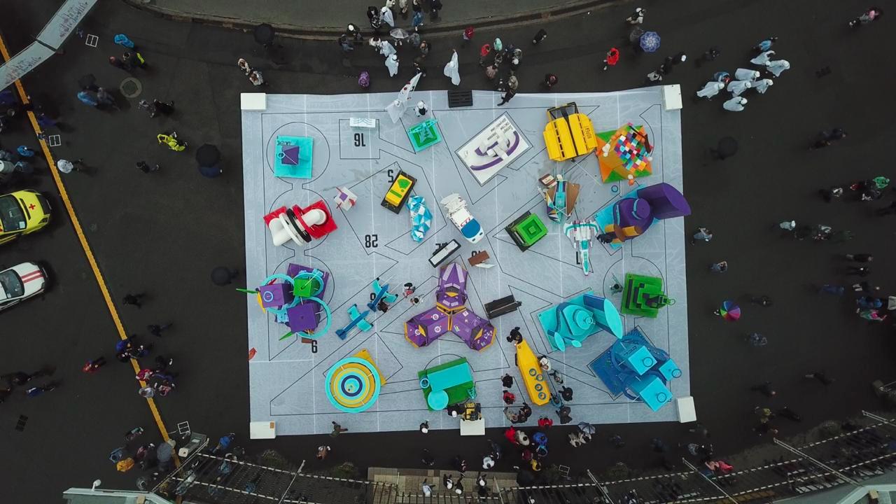 Пятиметровое оригами, или Как построить футуристический город из картона - 24
