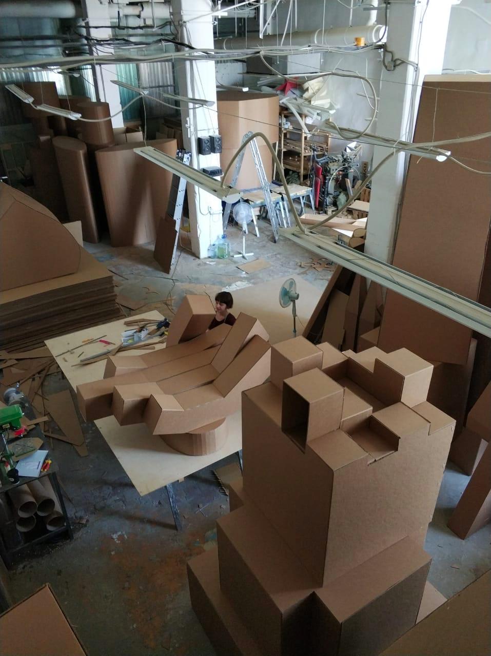 Пятиметровое оригами, или Как построить футуристический город из картона - 4