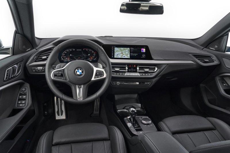 В линейке BMW появилось компактное 4-дверное купе