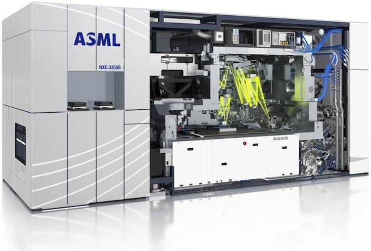 ASML сообщает о превосходном спросе на EUV-сканеры