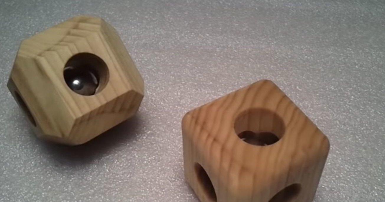 Как поместить стальной шар в монолитный деревянный куб