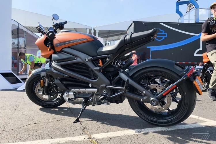 Harley-Davidson возобновила производство своего первого электроцикла после проблем с зарядкой