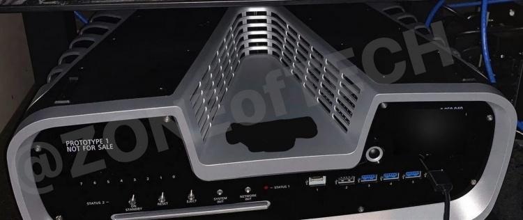 Комплект разработчика PlayStation 5 запечатлён на фото