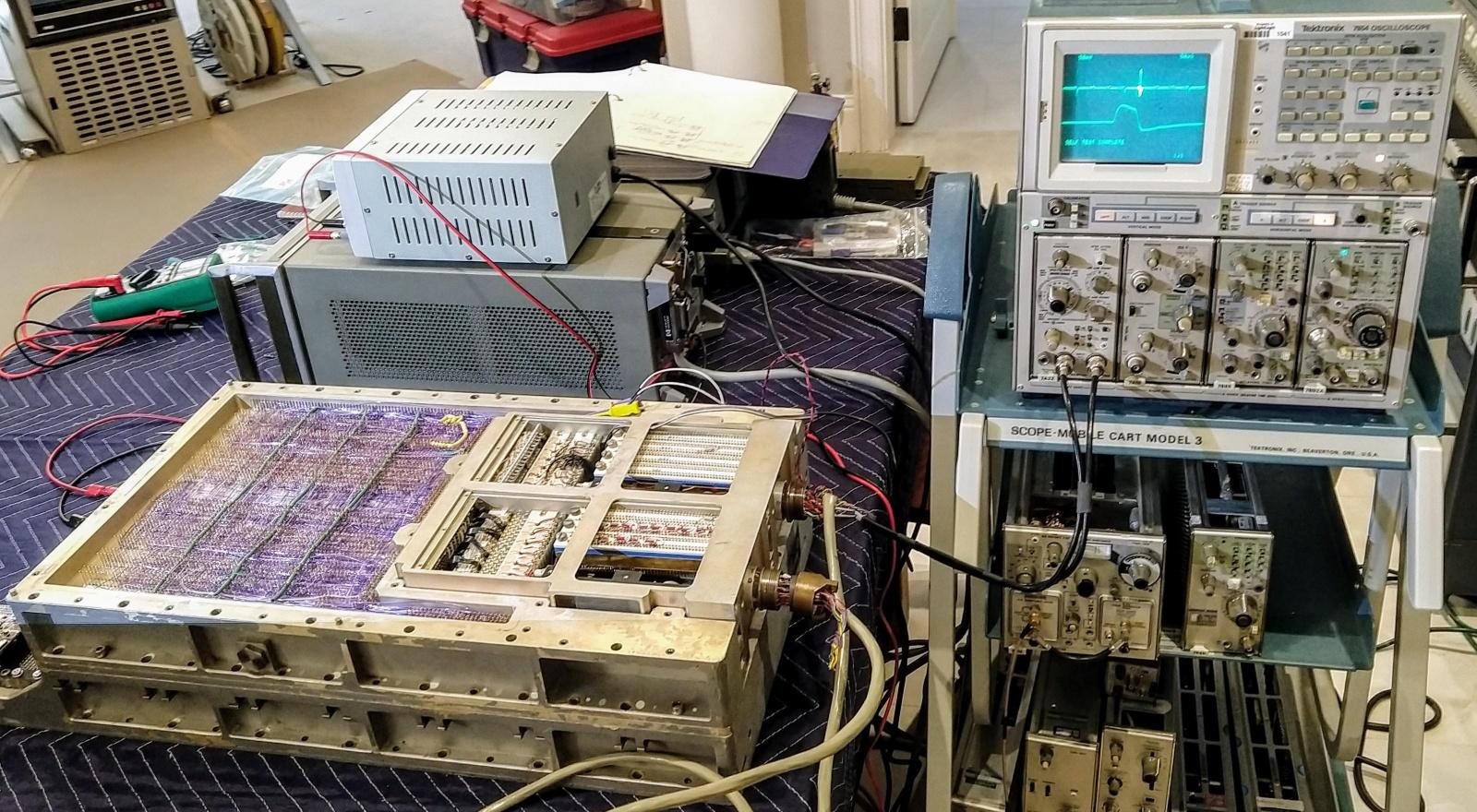 Компьютер на базе вентилей NOR: внутри бортового управляющего компьютера «Аполлона» - 16