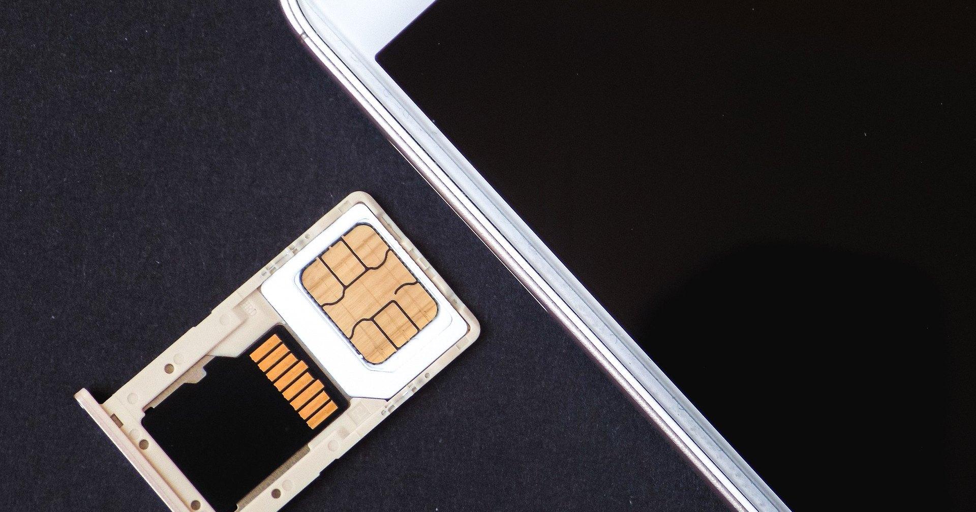 Операторы связи начали отключать незарегистрированные мобильные телефоны