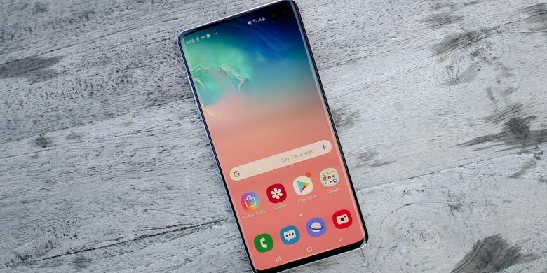 Смартфоны Samsung Galaxy S10 научились трюкам iPhone 11 не дожидаясь обновления Android 10
