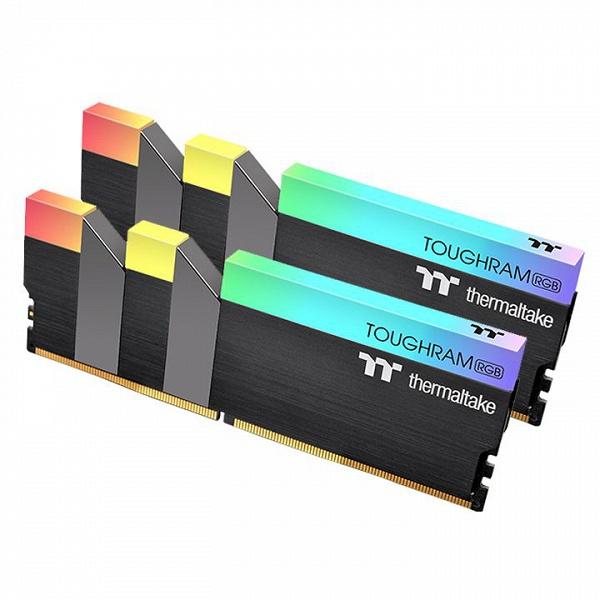 Ассортимент Thermaltake пополнили комплекты модулей памяти DDR4-4400 объемом 16 ГБ