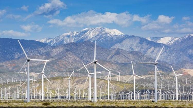 Суммарная мощность ветроэнергетики в США превысила 100 гигаватт