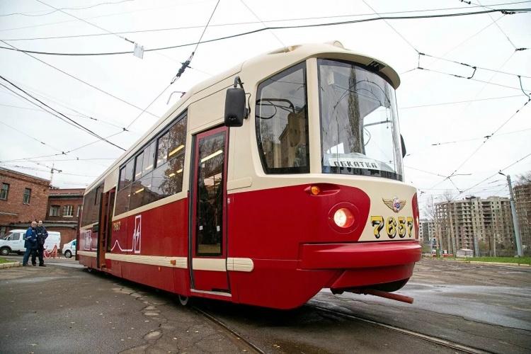 В Петербурге испытали трамвай на водородном топливе