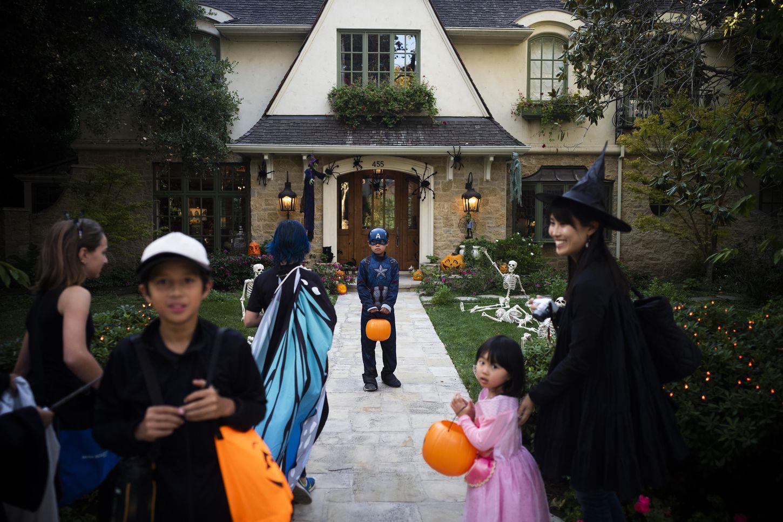Как миллиардеры Кремниевой долины празднуют Хеллоуин - 1