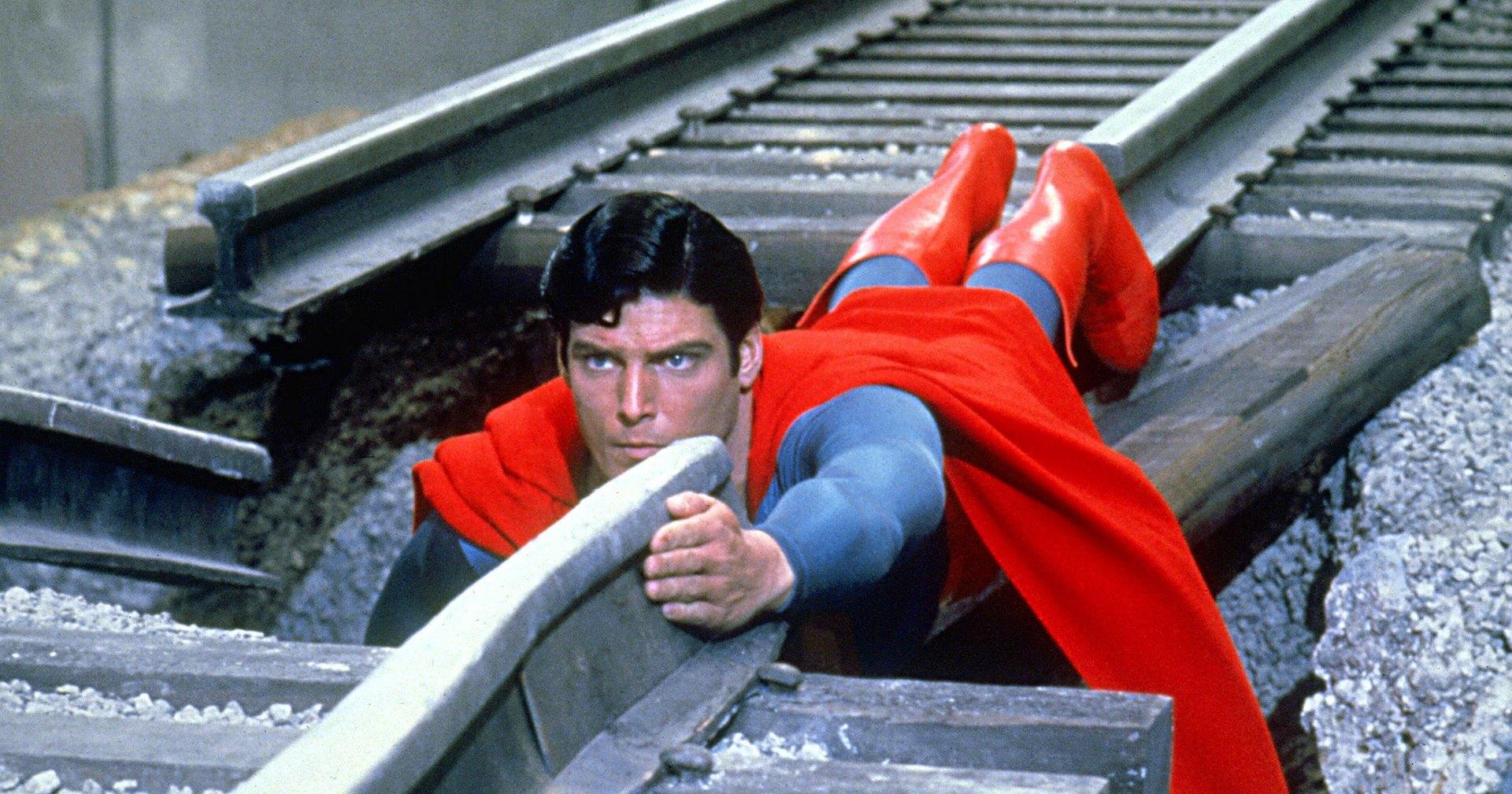 «Супермен» записан на кварцевое стекло