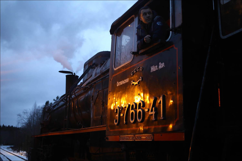 Ретропоезд с паровозом - 65