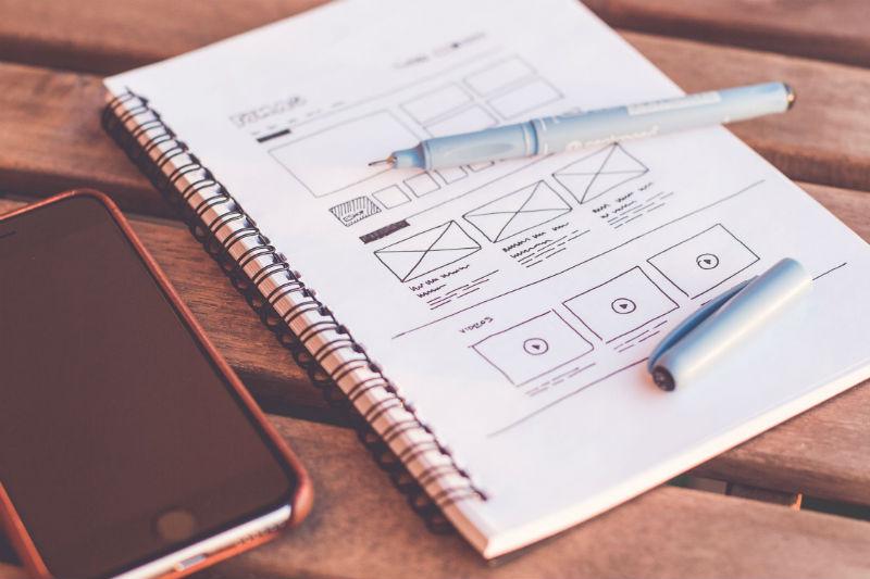 Тренды в Email-маркетинге: нетрадиционная верстка, работа с цветом и типографикой - 1