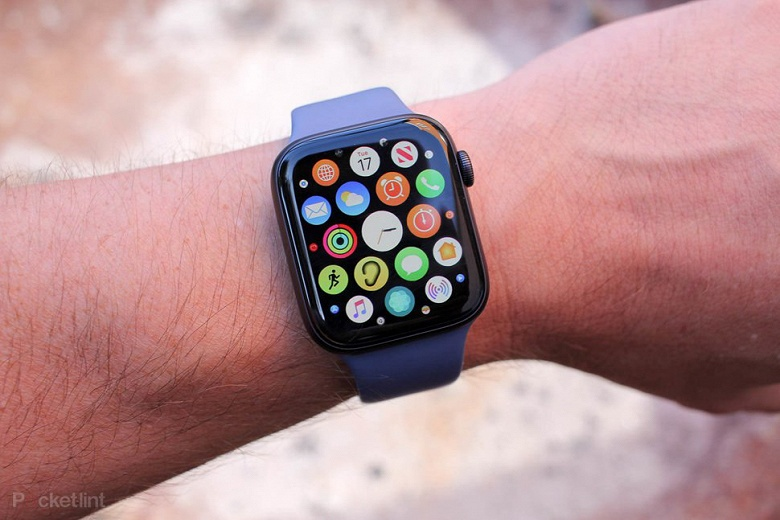 Apple Watch есть у каждого второго владельца умных часов
