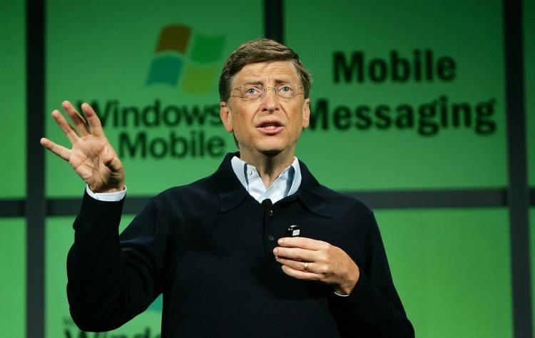 Билл Гейтс считает, что Windows Mobile могла занять место Android