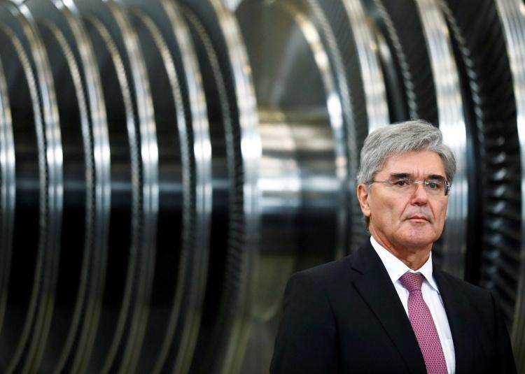 Глава Siemens возмутился, что немцы вохищаются «марихуанщиками» из США, обещающими полёты на Луну