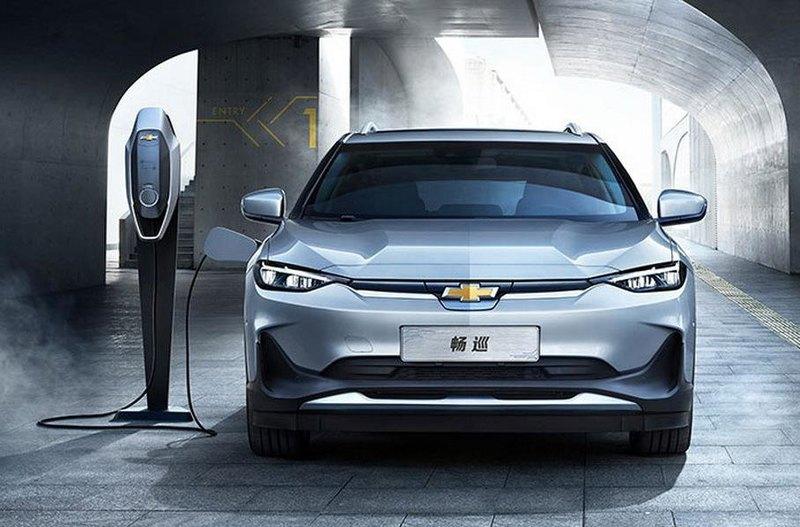 Chevrolet показала электромобиль размером с «Октавию»