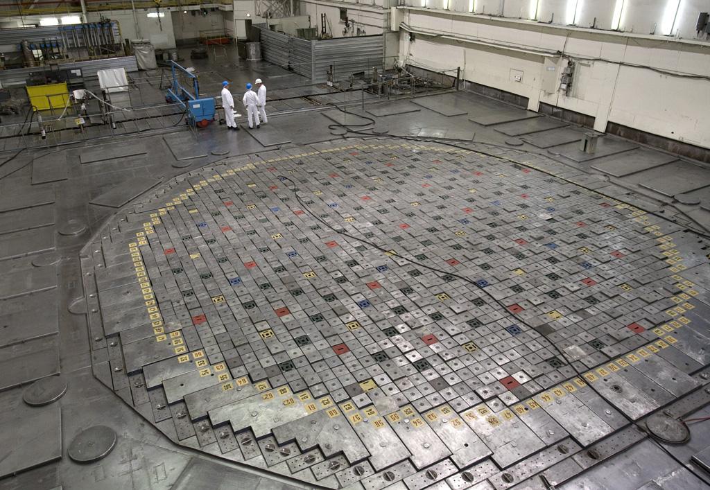 Промышленные уран-графитовые реакторы для наработки плутония - 9