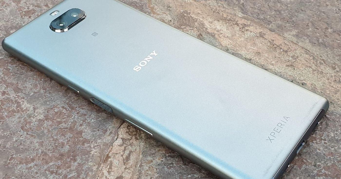 Смартфоны Sony провалились в продажах