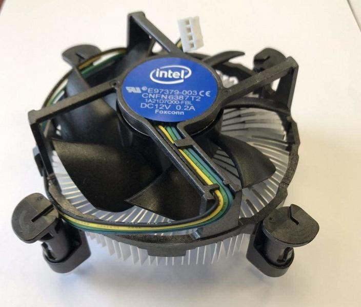 Intel отзывает одну модель CPU из-за того, что комплектовала её слишком слабым кулером