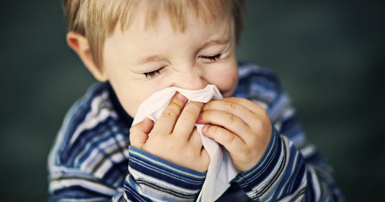 Почему мы начинаем чихать в холодную погоду