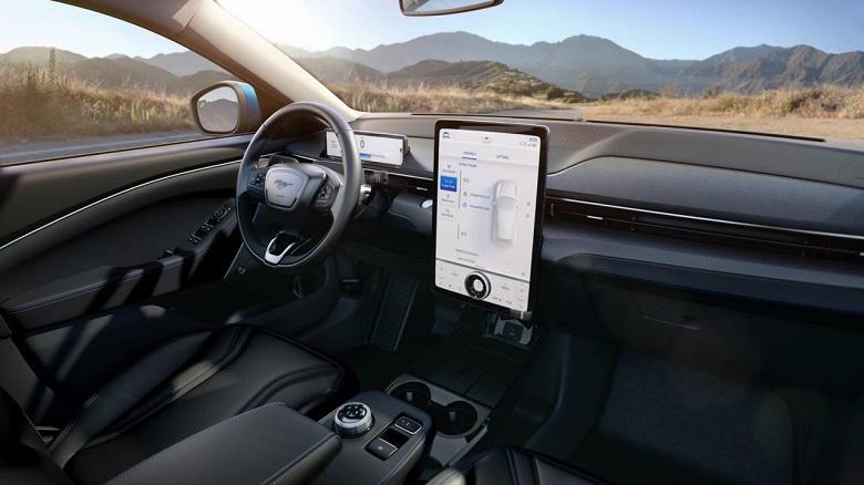 Представлен электрический Ford Mustang Mach-E, и это кроссовер