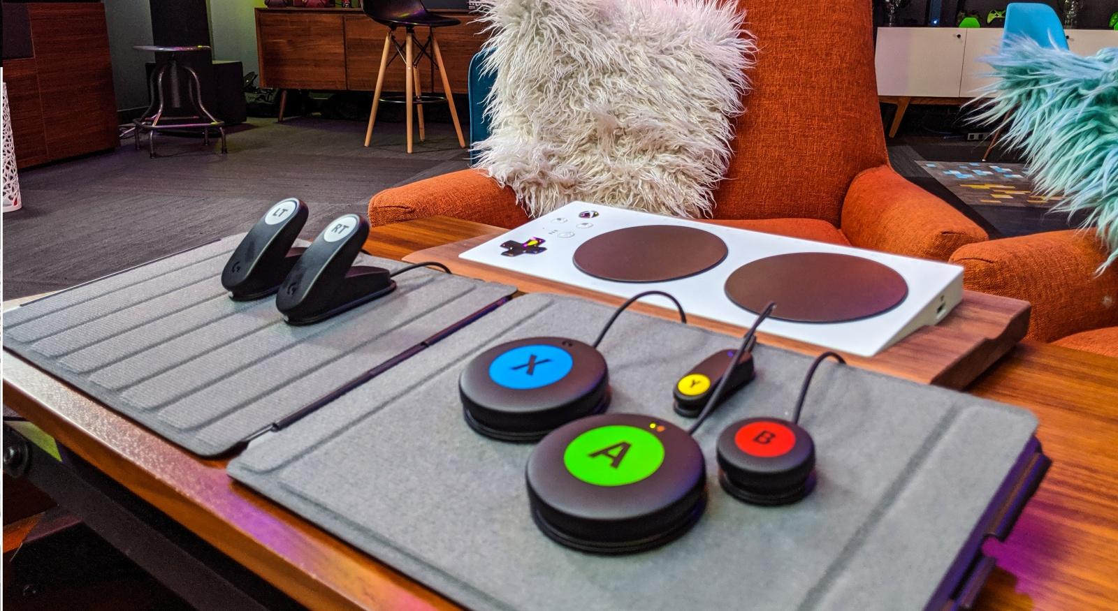 Logitech выпустила игровой комплект для людей с ограниченными возможностями - 1