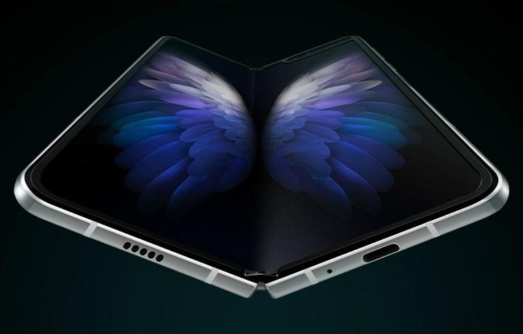 Дебют смартфона Samsung Galaxy W20 5G: вариация на тему гибкого Galaxy Fold