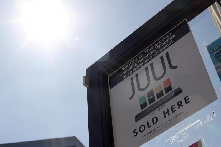 Калифорния подала в суд на Juul из-за продажи электронных сигарет подросткам