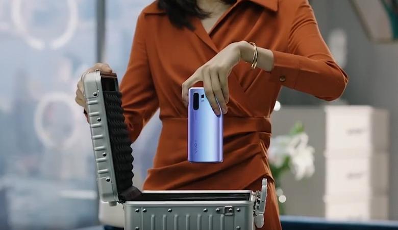 Впечатляющий 60-кратный зум Vivo X30
