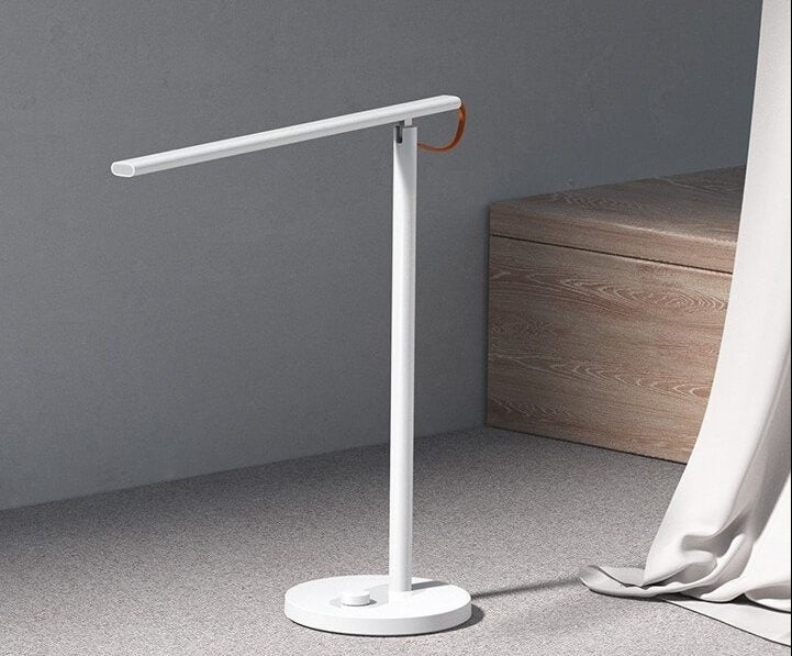 Xiaomi представила «умную» лампу Mi Smart LED Desk Lamp 1S