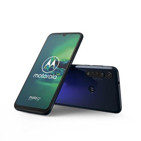 Motorola выпустила в России сразу две яркие новинки