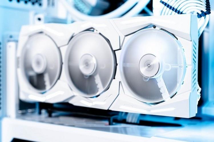 ASUS ROG Strix GeForce RTX 2080 Ti White Edition: знакомая видеокарта в белом обличье